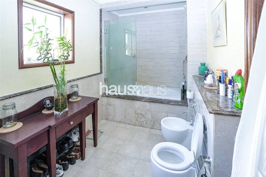 10 Luxury residence in the heart of Al Safa
