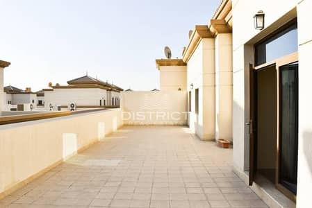Spacious 2BR Roof Floor Apartment in Al Maqtaa