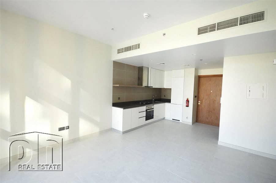 2 High Floor / Stunning Finishing / View Now