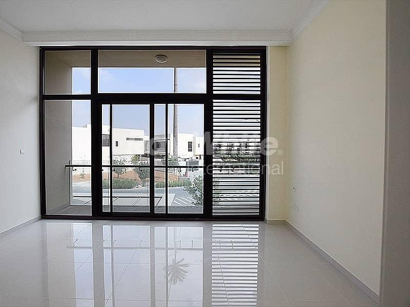 Luxury Corner 5 BR Villa