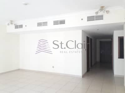 2 Bedroom Flat for Rent in Downtown Dubai, Dubai - Spacious and Beautiful 2BR| Huge  balcony