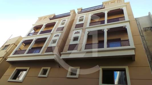 Studio for Rent in Deira, Dubai - Perfect size studio available for rent at Deira in Dubai