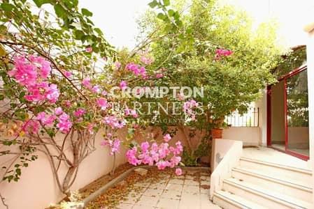 6 Bedroom Villa for Rent in Al Khalidiyah, Abu Dhabi - Huge Villa