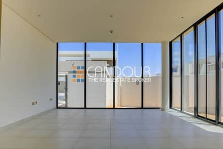 5 Bedroom Villa for Sale in Yas Island, Abu Dhabi - Single Row | Biggest Plot | Best  Deal | 5 Bedroom