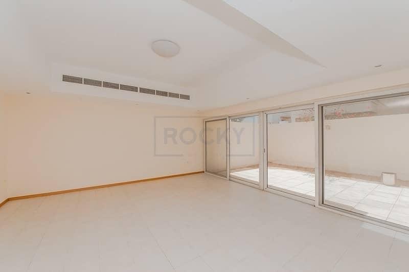 2 4 Bedroom Compound Villa | Pool
