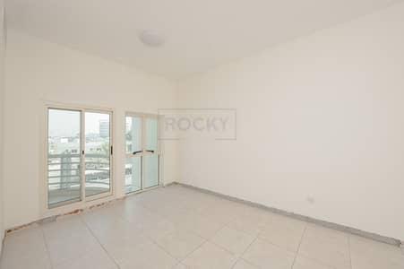 1 Bedroom Flat for Rent in Bur Dubai, Dubai - 1 B/R | Central  A/C | Bur Dubai