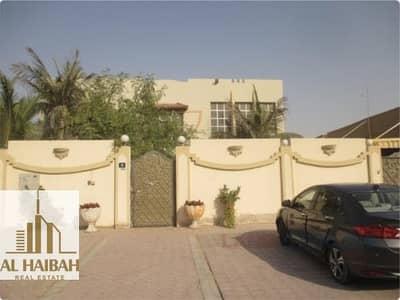 فیلا 5 غرف نوم للبيع في الرمثاء، الشارقة - For sale Villa two floors in Ramtha corner very special location