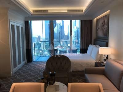 Studio for Rent in Downtown Dubai, Dubai - Luxurious Studio Apartment in Downtown Dubai
