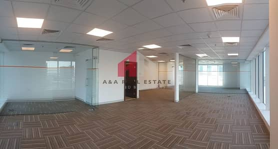 Office for Rent in Business Bay, Dubai - Fitted office Glass Partitions /Canal view