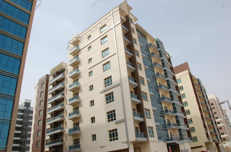 1 Limited  Offer Beautiful 2 Bhk in Lavista 7  rent starting from 65k (4) chq