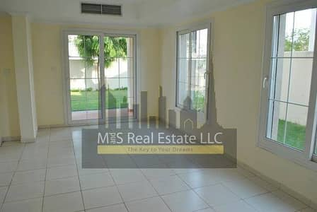 2 Bedroom Villa for Sale in The Springs, Dubai - Amazing 2 bed plus maids room Villa with landscaped garden.