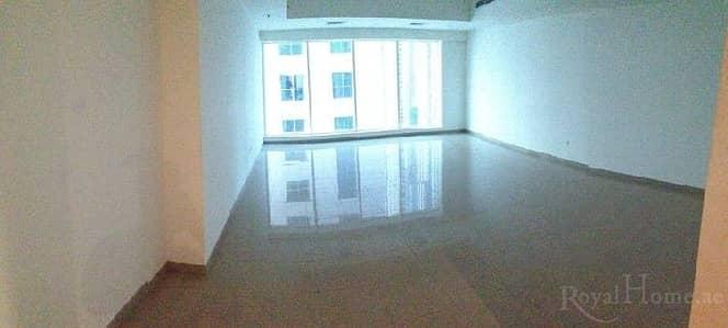 2 Bedroom Apartment for Rent in Dubai Marina, Dubai - Huge 2BR + M Apartment in Emirates Crown