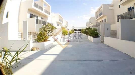 7 Bedroom Villa for Rent in Khalifa City A, Abu Dhabi - 7 Master BR Villa+Lift+Pool/Gym/Garden