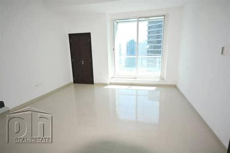 1 Bedroom Flat for Rent in Dubai Marina, Dubai - Available Now / Bright / Sea and Marina Views