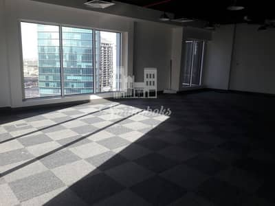 Office for Rent in Business Bay, Dubai - BEST LOCATION | LAKE & BURJ VIEW OFFICE SPACE | BUSINESS BAY