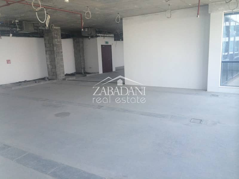 Full office floor Shell and Core in Jumeirah Bay X2 in JLT