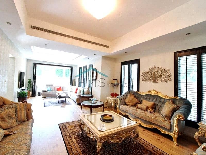 2 Fully Upgraded|Excellent 5 Bed Villa|VOT