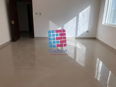 2 Bedroom Flat for Rent in Al Hosn, Abu Dhabi - Spacious and clean 4 Br with maids room!
