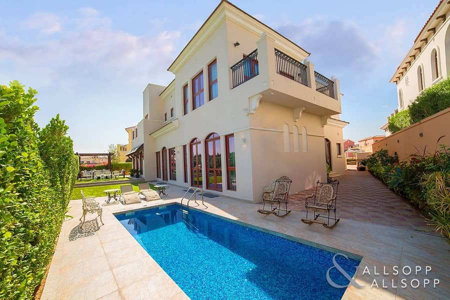 2 Provencal Type   5 Bed   Private Pool