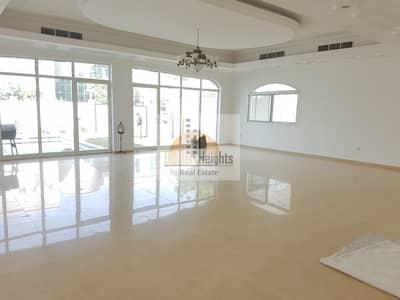 فیلا  للايجار في الفشت، الشارقة - Beautiful 4bhk Duplex Villa With Pool Available in Al Fisht Area