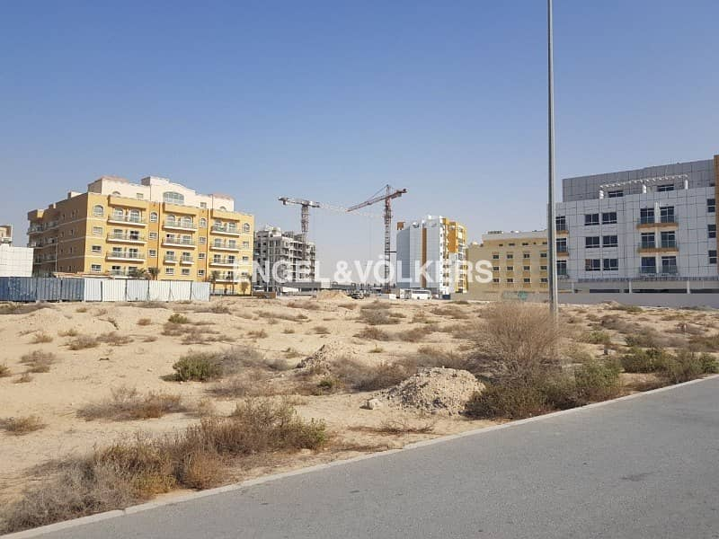 Plot in Prime Location| Ready to Develop