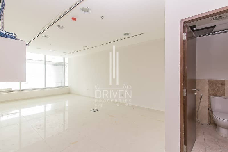 2 FULLY FITTED RETAIL SPACE IN BUSINESS BAY
