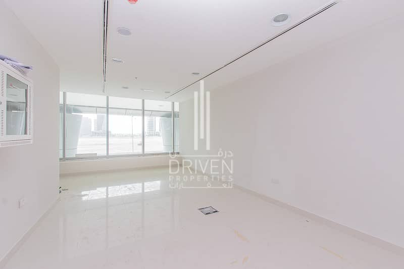 FULLY FITTED RETAIL SPACE IN BUSINESS BAY
