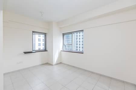 3 Bedroom Flat for Sale in Business Bay, Dubai - Pool Facing 3 BR+Maid Vacant on Transfer