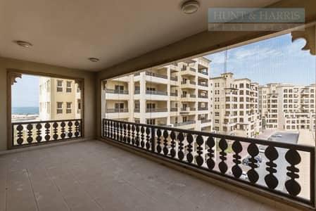 فلیٹ 3 غرفة نوم للبيع في قرية الحمراء، رأس الخيمة - Spacious Living  - Al Hamra Village - Marina Apartments