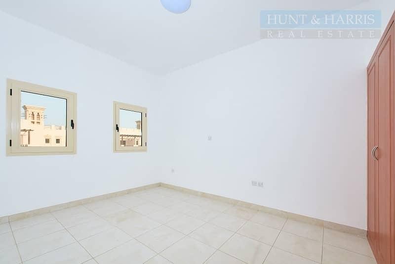 15 Tenanted 3 Bedroom Villa -  Near Golf Course - Al Hamra Village