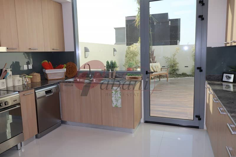 2 Hot Offer 5% Booking 50% DLD 20% Move in