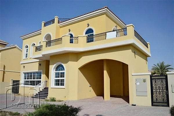 10 Large Villa | Indoor Pool | Prime Location