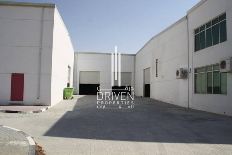 Well-managed Warehouse with Office Space