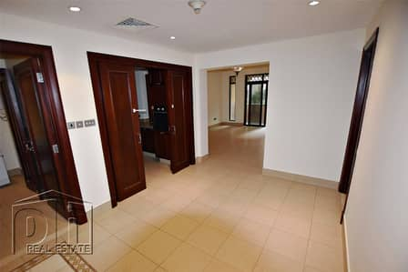 2 Bedroom Flat for Sale in Old Town, Dubai - OT Specialist | Vacant | Seperate Dining