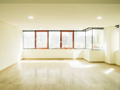 3 Bedroom Apartment for Rent in Hamdan Street, Abu Dhabi - Huge Duplex 3 BR  Apartment with Maids room