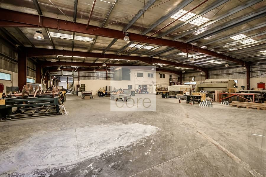 Spacious Warehouse with Office   DIP 1