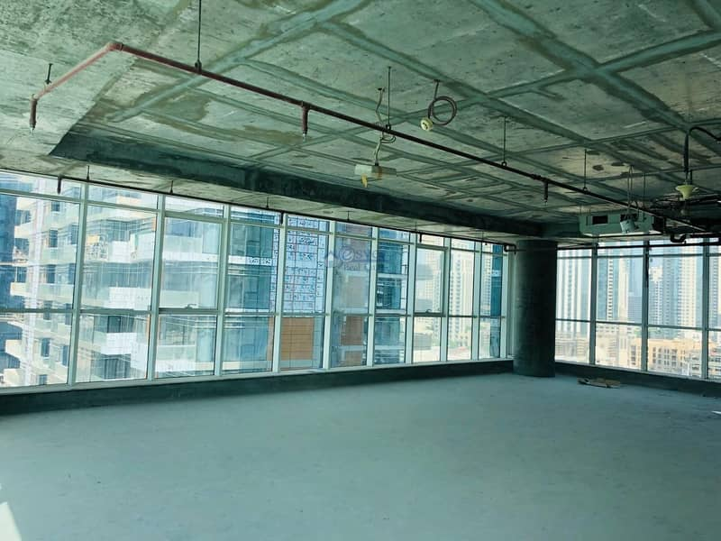 9 Office space for rent in Business Bay , nice lake vew