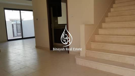 4 BR Semi Detached |on the Pool | Mira-5