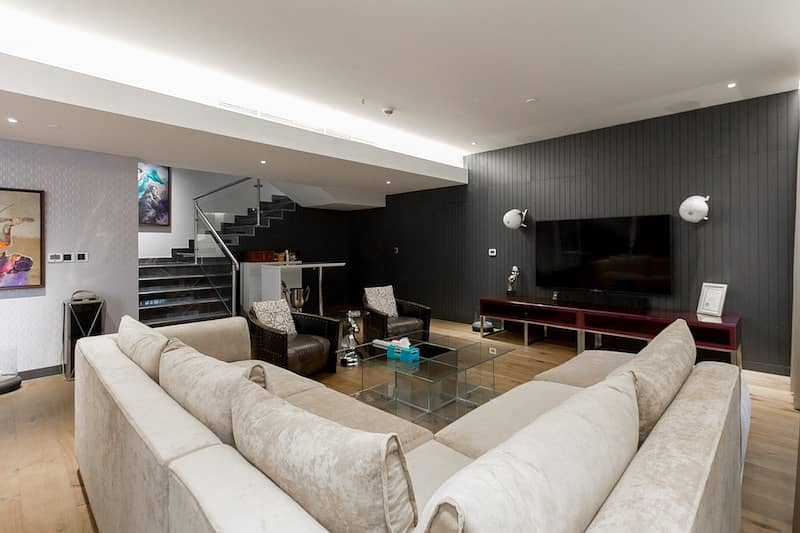 10 MODERN AND DETAILED FURNISHING 4BR VILLA