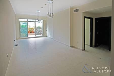1 Bedroom Flat for Rent in Dubai Marina, Dubai - Large Terrace | Unfurnished | Emaar Tower