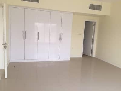 فیلا 5 غرفة نوم للبيع في براشي، الشارقة - Brand New Large Five Bedroom Villas for Sale in Al Barashi