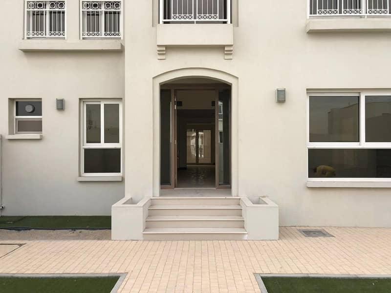 Brand New 3-bedrooms villa for rent in Al Barashi sharjha Call (Mazhar)