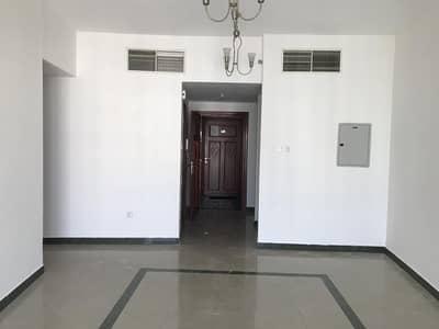 شقة 1 غرفة نوم للايجار في المدينة العالمية، دبي - large 1 bed room Hall for rent in Al Dana 2 IC