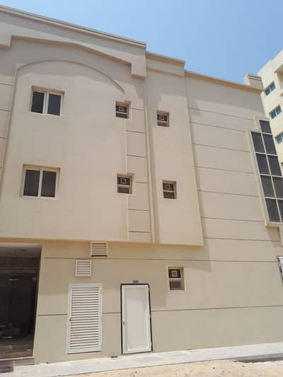 Studio for Rent in Al Qulayaah, Sharjah - ALMOST BRAND NEW STUDIO APARTMENT FOR RENT