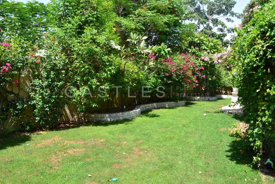 11 Alvorada Type B1- 4 bed+maids- .........