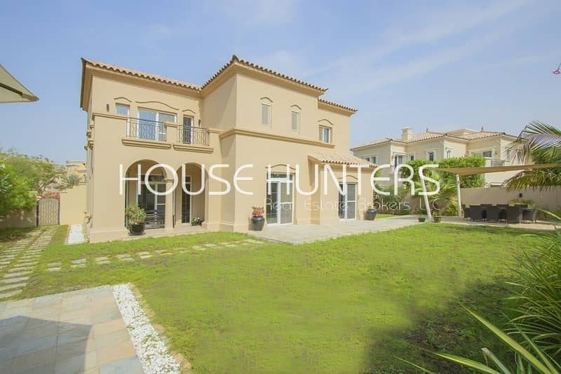 New and Exclusive Alvorada Close to pool and park