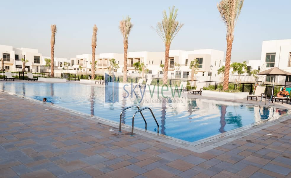 12 Ready Townhouse Living In Best Price