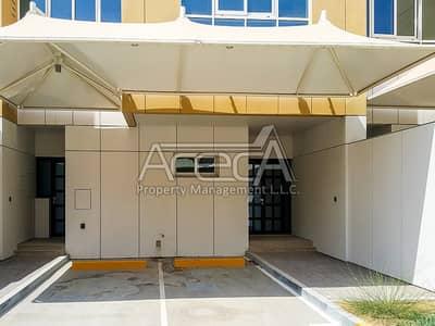 4 Bedroom Villa for Rent in Al Bateen, Abu Dhabi - Brand New Sea Front 4 Master Bed Villa! Luxurious Living in Al Bateen!