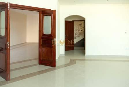 5 Bedroom Villa for Rent in Al Mushrif, Abu Dhabi - Huge Gated 5BR Villa in Mushrif Area
