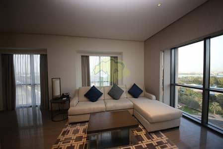 1 Bedroom Hotel Apartment for Sale in Bur Dubai, Dubai - Lovely Creek View  Luxury High Floor 1 BR In Hyatt Regency